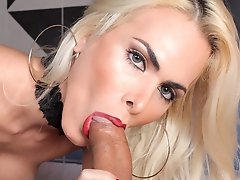 Barbara Perez enjoying a cigarette and a big cock to suck in this fetish fun. Ms Perez works on that big cock good sucking and stroking for the juicy