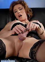 Naughty transsexual MILF exposing her enormous cock