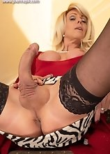 Joanna Jet - Slutty MILF in Stockings