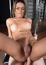 Hung Stripper Swallows It All
